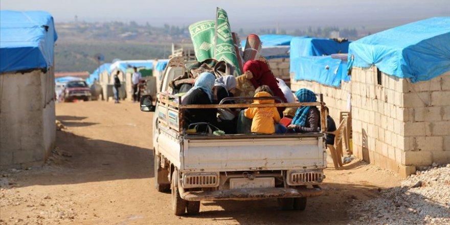 İdlib'de Yerinden Edilen Siviller Çaresizlik İçinde
