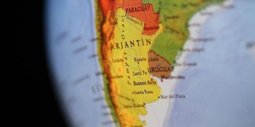 Arjantin Hazine Bakanı İstifa Etti