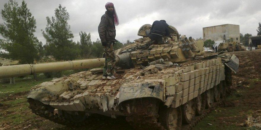 Direnişçiler Rusya'nın 3 Tankını Ele Geçirdi
