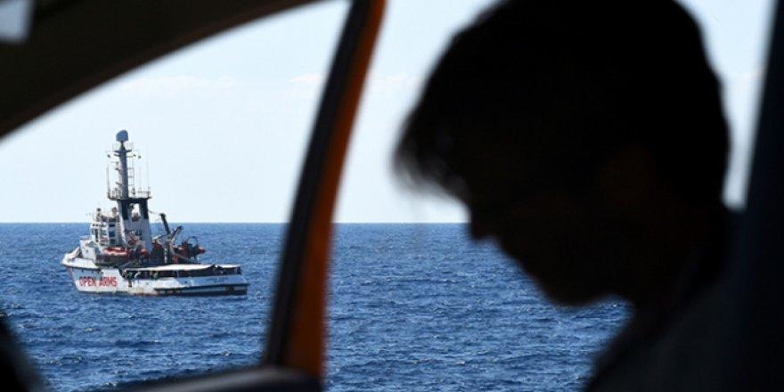 İspanyol STK Gemisinde Gergin Bekleyiş Sürüyor