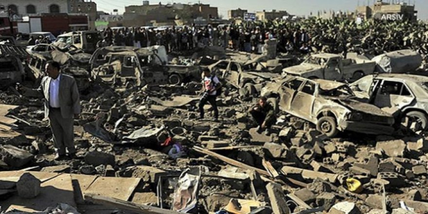 Suudiler Husilere Ait Mühimmat Depolarını Hedef Aldı