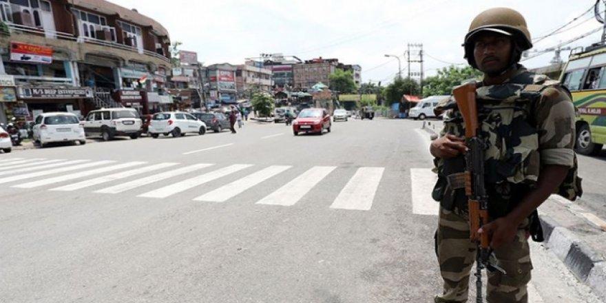 Hindistan'a Keşmir'deki Tutukluları Serbest Bırakması Çağrısı