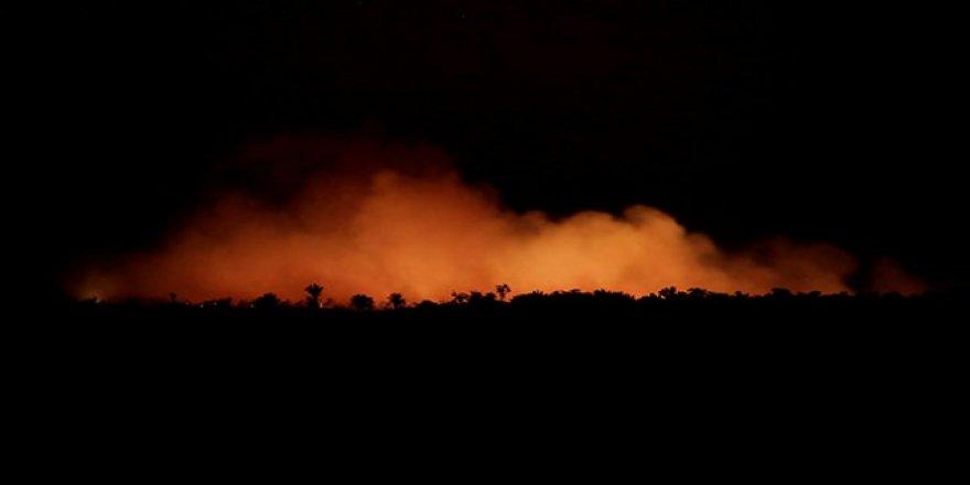 Brezilya'nın Amazonlar'daki Yangınla Mücadele İçin Kaynağı Yok