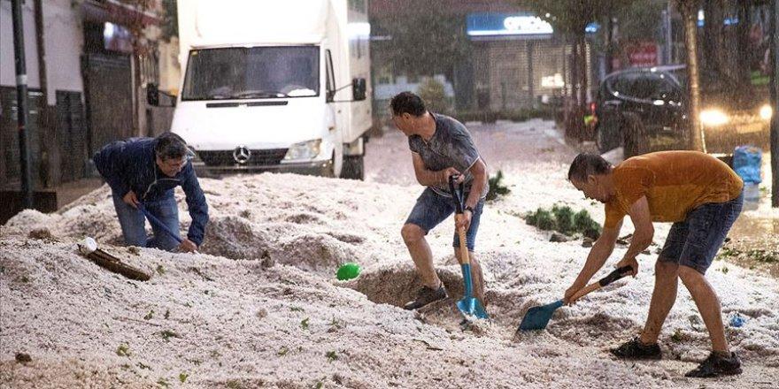 Madrid'de Yağmur ve Dolu Hasara Yol Açtı