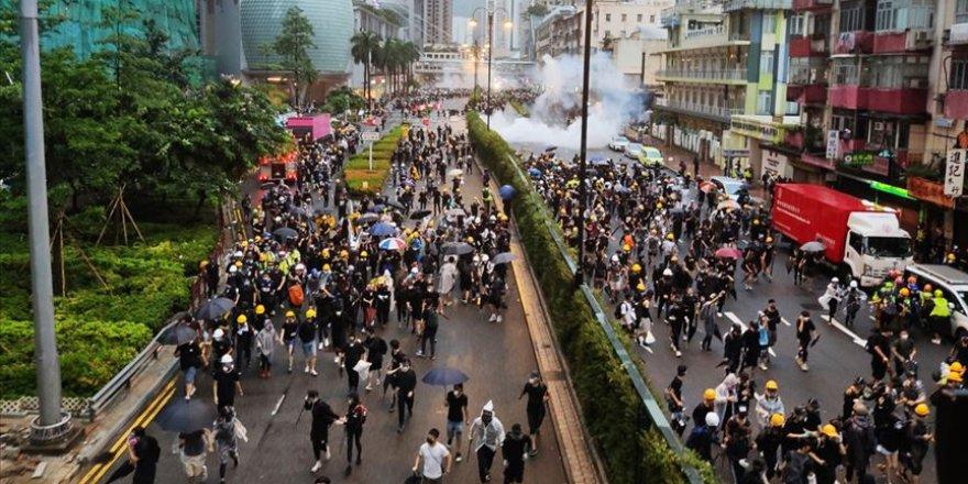 Hong Kong'da Maskeli Protestocuları İfşa Edene Ödül Vaadi