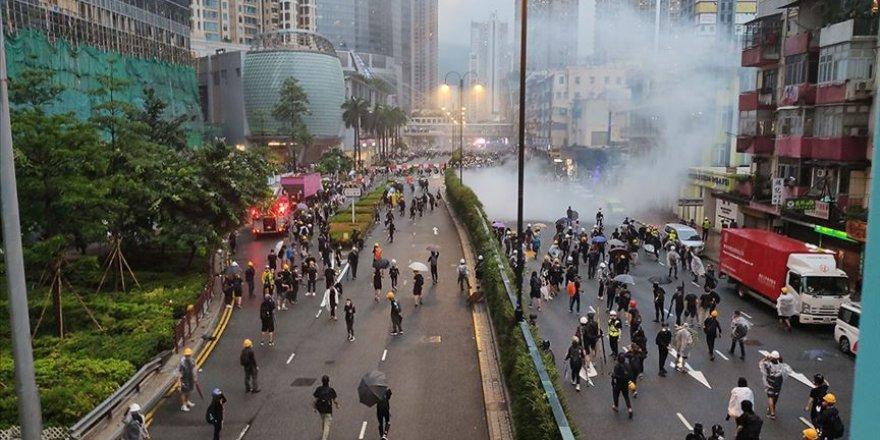 Çin Askerlerinden Hong Kong'da Rotasyon