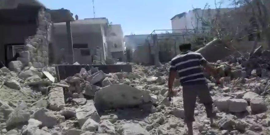 Bombardıman Altında Cuma Namazı