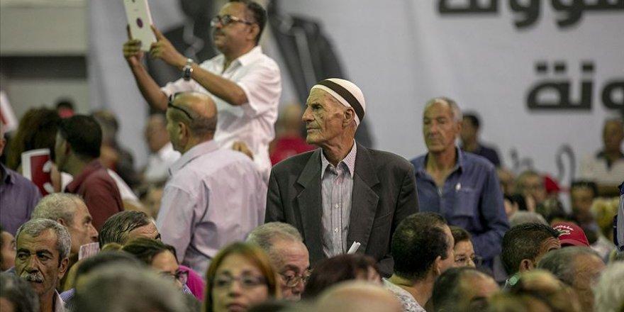 Tunus'ta Cumhurbaşkanlığı Seçimi Kampanyası Süreci Başladı