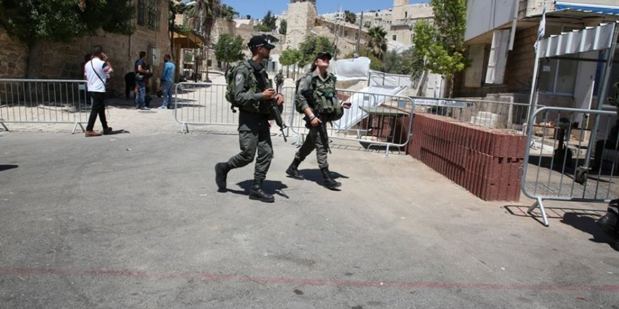 Netanyahu El-Halil'deki Hz. İbrahim Camii'ne Baskın Düzenledi