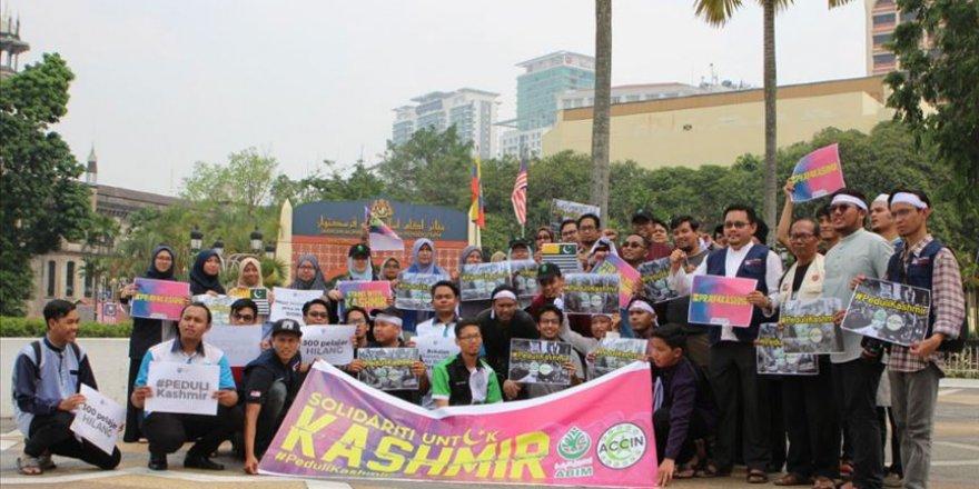 Malezya'da Keşmir'deki Müslümanlarla Dayanışma Eylemi