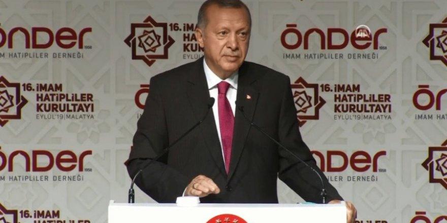Cumhurbaşkanı Erdoğan'dan İBB Tepkisi: 28 Şubat'ı Hatırlatan Uygulamalara İmza Atılıyor
