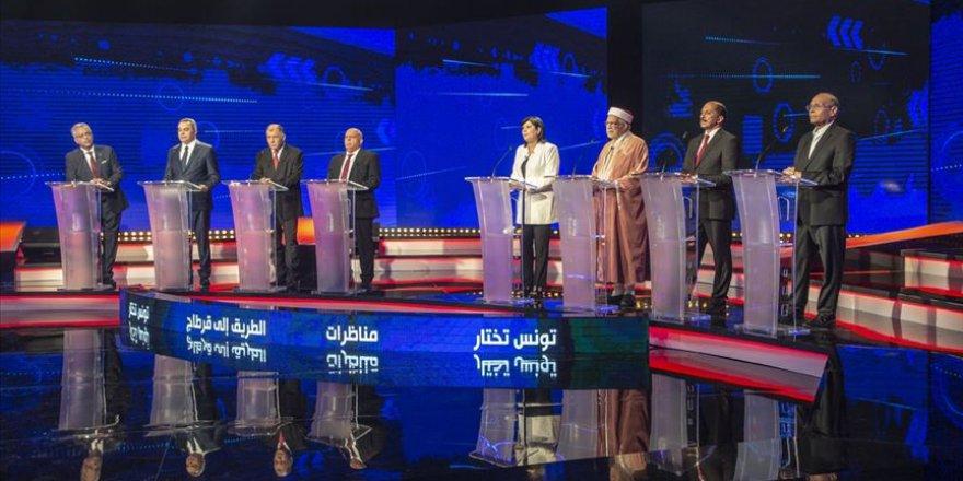Tunus'ta Cumhurbaşkanı Adayları İlk Kez TV'de Halkın Karşısında