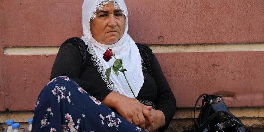 """""""Diyarbakır Anneleri""""nin Eylemine Katılan Aile Sayısı 15'e Çıktı"""