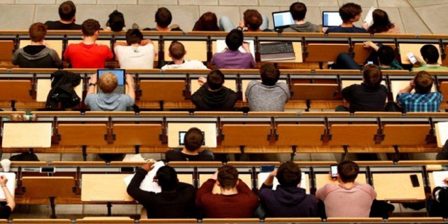İngiltere, Mezun Yabancı Öğrencilerin Ülkede Kalma Süresini Uzattı