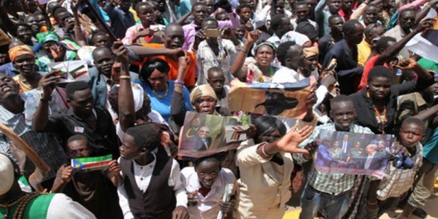 Güney Sudan'da Geçiş Hükümeti 2 Ay İçinde Kurulacak