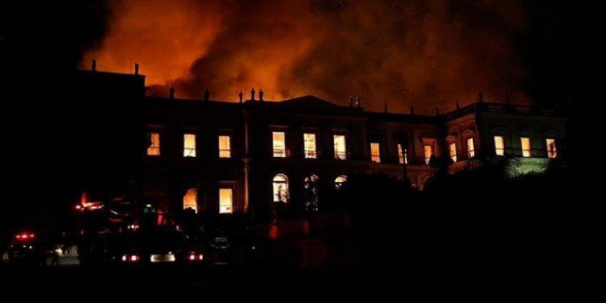 Brezilya'da Hastanede Yangın Çıktı