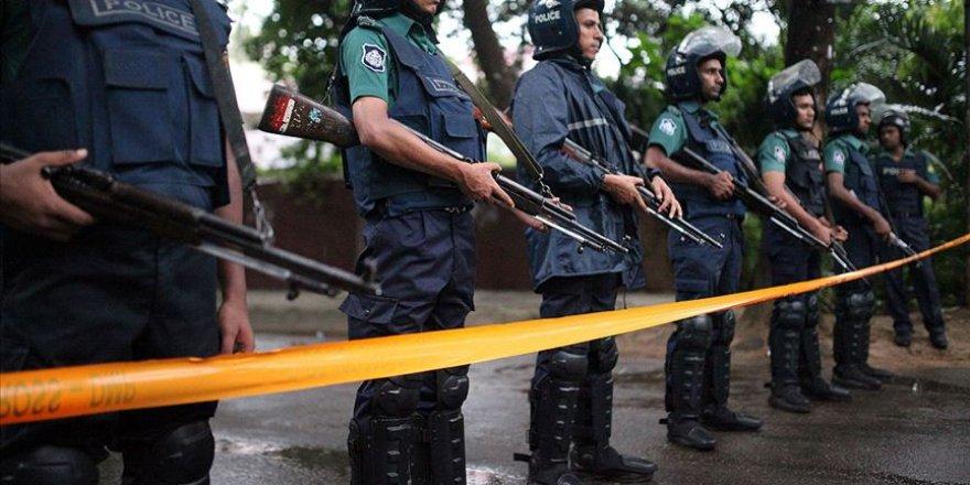 Bangladeş'teki Arakanlı Mültecilerin Şüpheli Ölümleri Endişelendiriyor