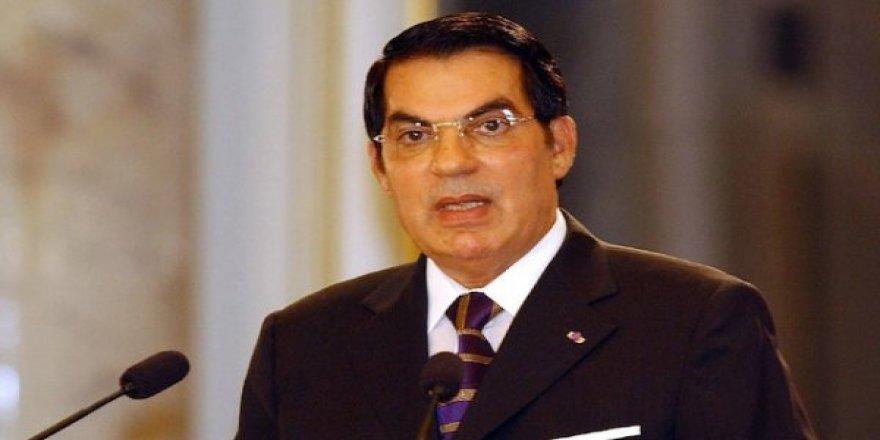 Tunus'un Devrik Diktatörü Bin Ali Öldü