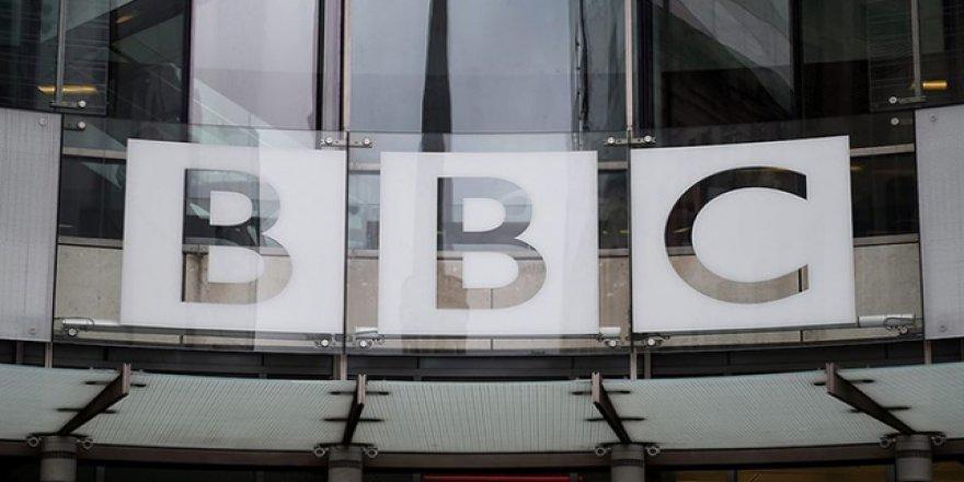 BBC'den 'sahte senatör' ile söyleşi