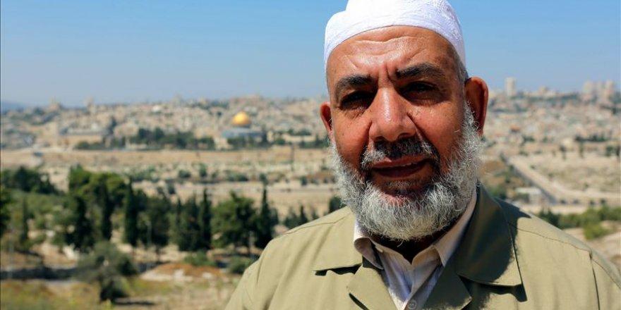 Siyonist İsrail Mescid-i Aksa'nın Eski Müdürünü Gözaltına Aldı