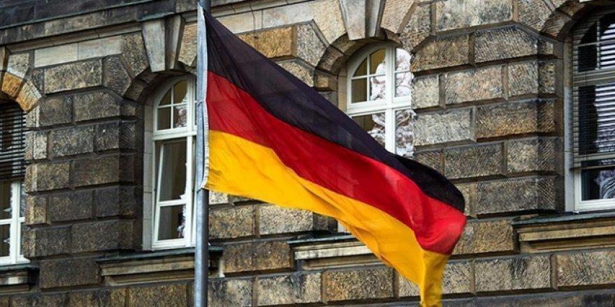 Almanya'dan BAE'ye Silah Teçhizatı Satışına Onay