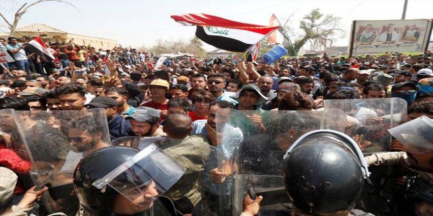 Irak Hükümetinden Göstericilerin Taleplerine İlişkin 'İlk Paket'