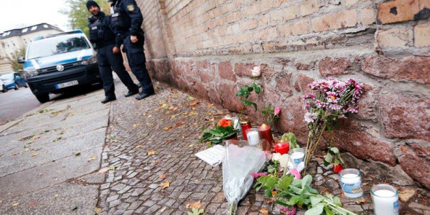 """Halle Saldırısı: """"Aşırı Sağ Yeni Bir Nitelik Kazandı"""""""