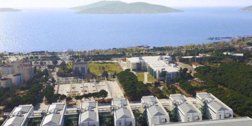 Davutoğlu Tahammülsüzlüğü İşi Üniversite Kapatmaya Vardırdı