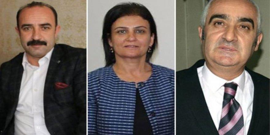 HDP'li Dört Belediyede Altı Belediye Eş Başkanı Gözaltına Alındı
