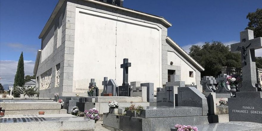 Diktatör Franco'nun Tabutu Resmi Törensiz Taşınacak