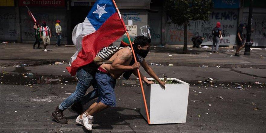 Şili'deki Protestolar Devam Ediyor