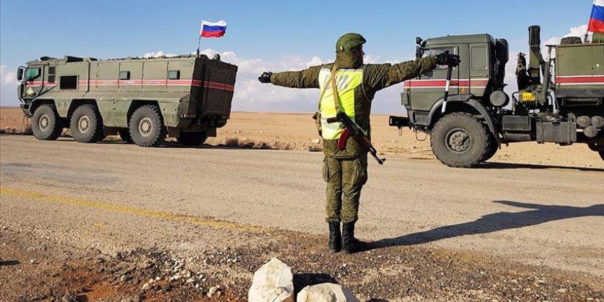 Rus İşgal Güçleri Türkiye-Suriye Sınırına Konuşlandı!
