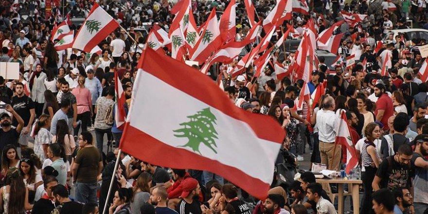 Lübnan'da Temel İhtiyaç Maddeleri Gittikçe Azalıyor
