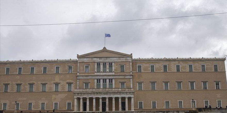 Yunanistan'da Yeni Göçmen Yasası Kabul Edildi