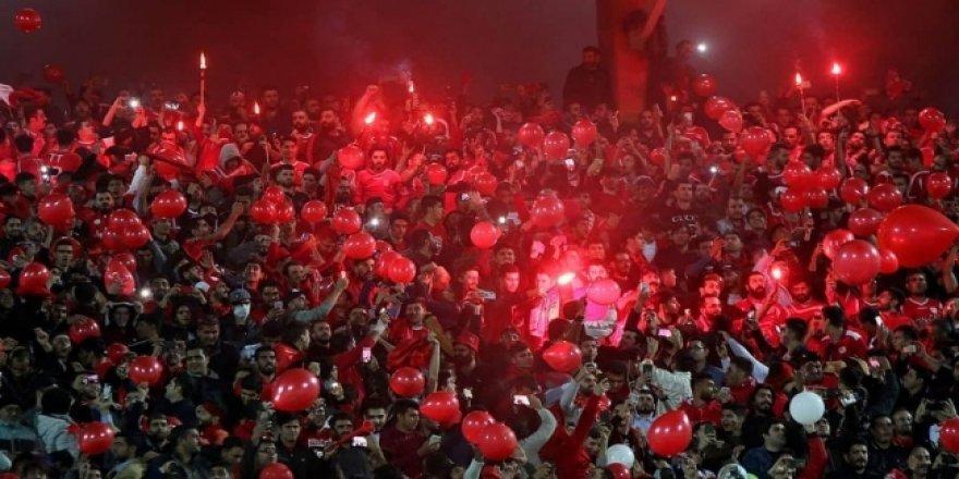 İran'da Traktör Futbol Takımın 7 Taraftarına Gözaltı
