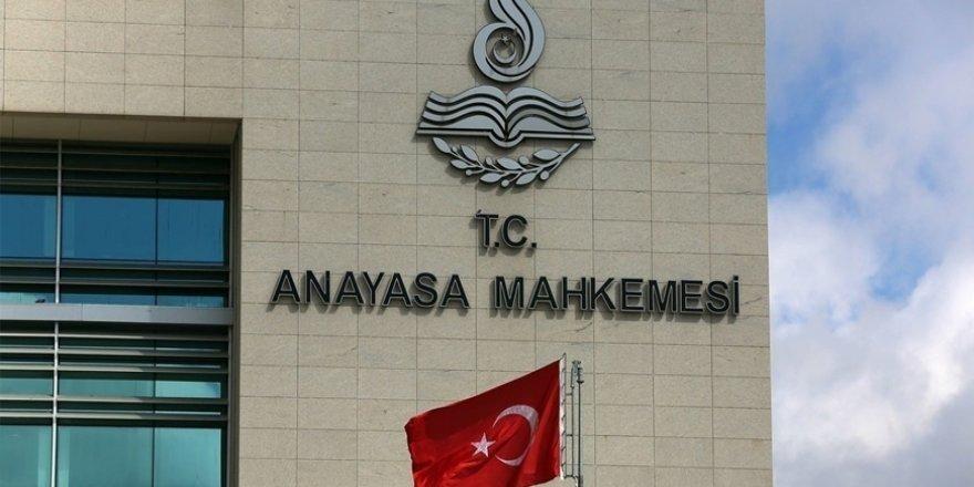 Anayasa Mahkemesi'nin Üzerine FETÖ ve PKK'yla İltisak Gölgesi Düşürülebilir mi?