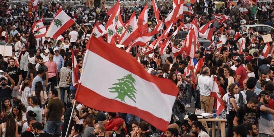 Lübnan'da Hükümetin İstifasından Sonra Gösteriler 10'uncu Gününde