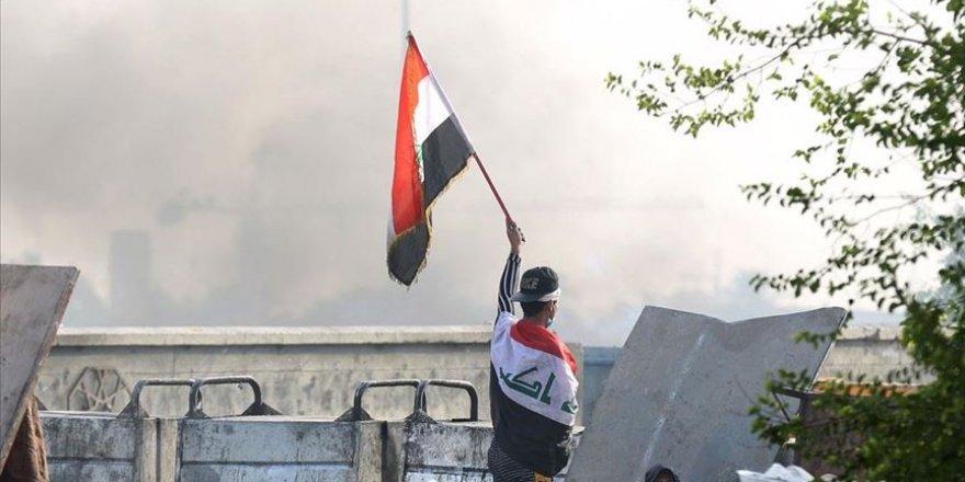 Irak'taki Protestolarda 319 Gösterici Öldü