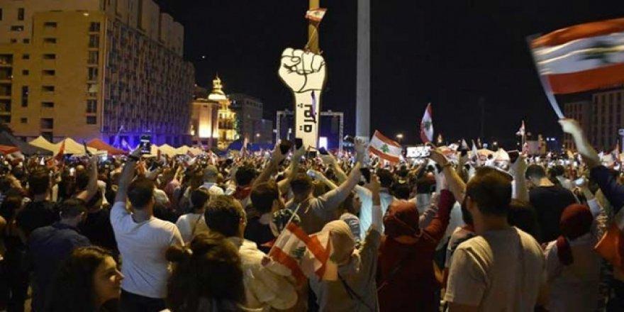 Lübnan'da Gösteriler 25'inci Gününde