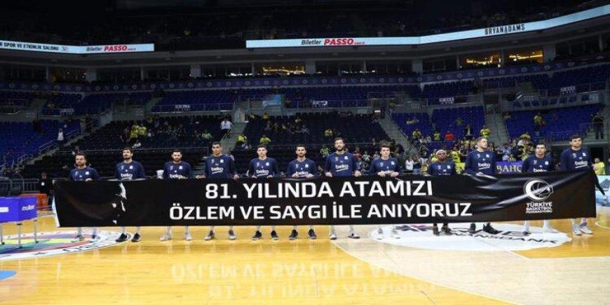 Kemalizm İtikadına Mensuplar, Yunan Basketbolcuyu Bile Linç Ediyorlar!