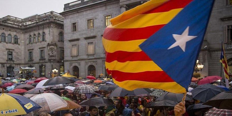 Katalonya Yönetiminin Bağımsızlık Girişimine Yargıdan 'Jet' Fren
