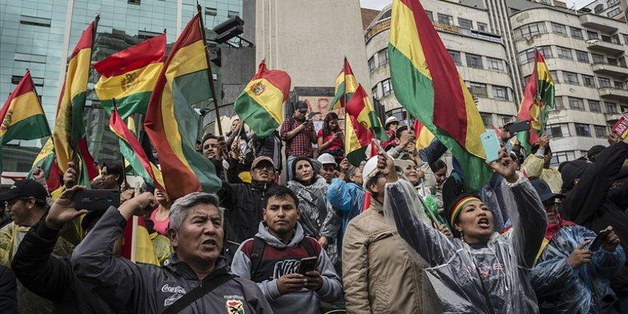 Bolivya'da Geçici Hükümetten Tutuklama Kararı