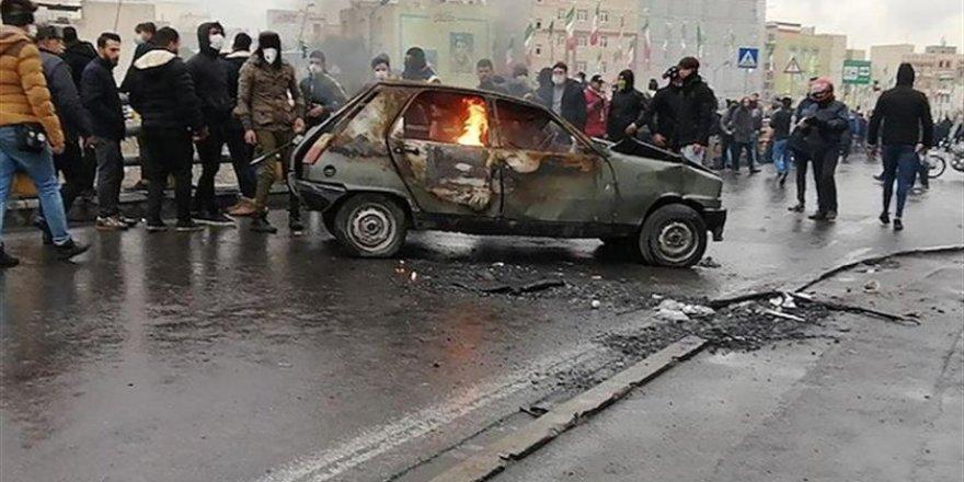İran'da Ortalık Savaş Alanına Döndü!