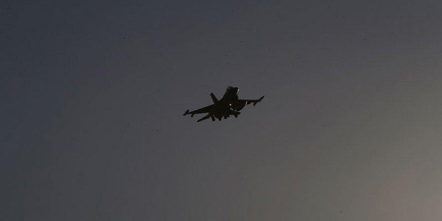 """Burkina Faso'dan Fransa'ya """"Uçaklarınızı Vururuz"""""""