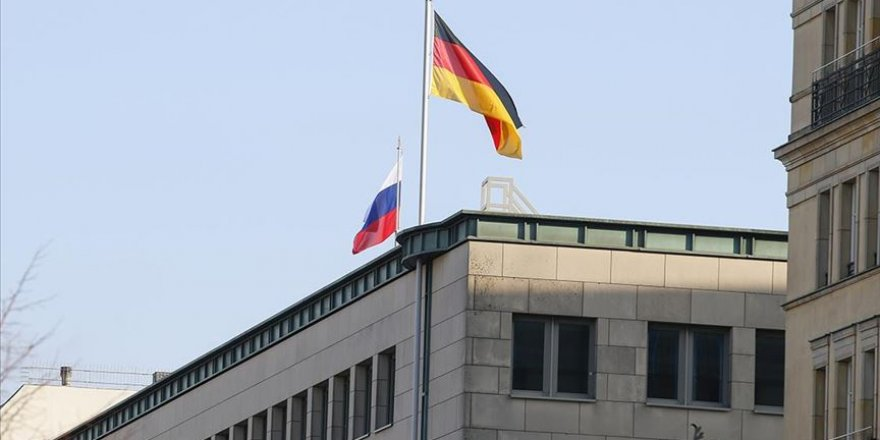 Almanya İki Rus Diplomatı Sınır Dışı Etme Kararı Aldı