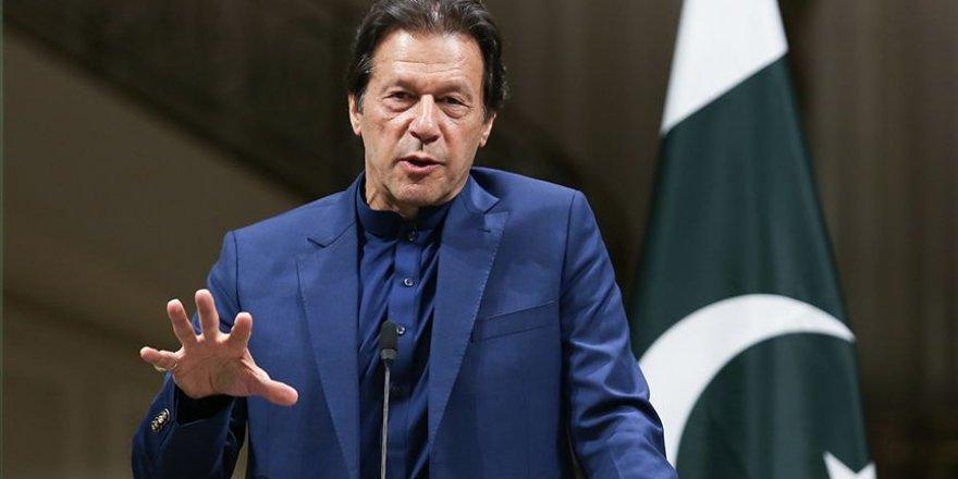 Pakistan Başbakanı'ndan İnsan Hakları Günü'nde Keşmir Mesajı