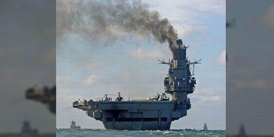 Rusya'nın Tek Uçak Gemisi Admiral Kuznetsov'da Yangın Çıktı