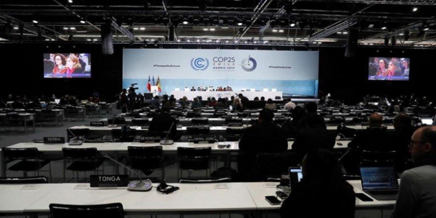 BM İklim Zirvesi'nin Sonuç Bildirisi Beklentilerin Gerisinde Kaldı