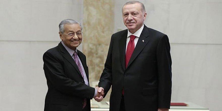 Türkiye İle Malezya Arasında 17 Anlaşma İmzalandı