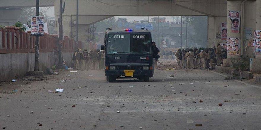 Hindistan Müslümanları Katlediyor: Ölü Sayısı 20 Oldu